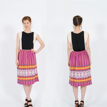 FLASH SALE . 40% OFF . Zona Rosa Skirt . Vintage 1970s Skirt . Southwestern 70s Midi Skirt