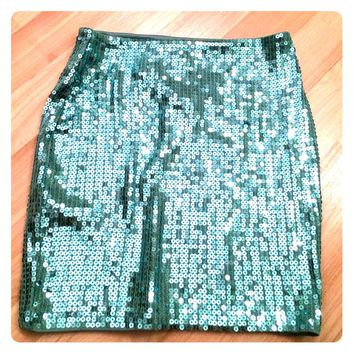 New unworn xs wet seal green sequin mini skirt