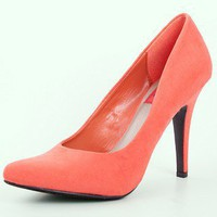 Divi Pointed Pump | Coral Pointy Shoes | MessesOfDresses.com