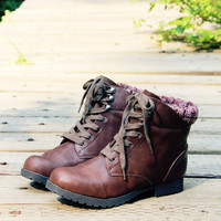 The Mountaineer Sweater Boots in Brown