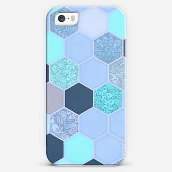Denim Blue - Aqua & Indigo Hexagon Doodle Pattern iPhone 5s case by Micklyn Le Feuvre | Casetify