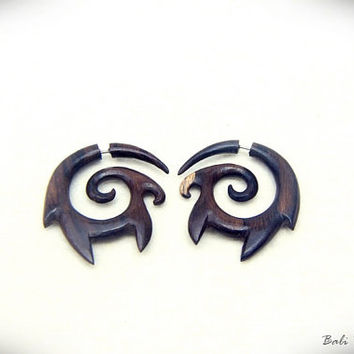 Fake Gauge Earring, Sono Wood Spiral Earring, Faux Gauge Tribal Carving W062