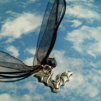 Bat Halloween pendant necklace 3 strand ribbon necklace fluttering flying vampire bat charm & glass bead teen girl gift idea Trick or Treat