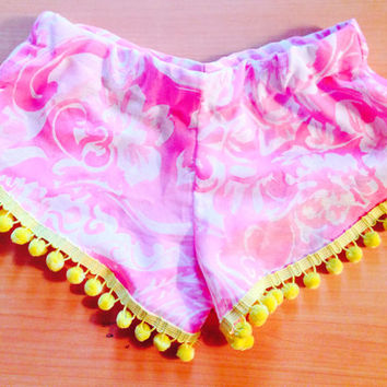 Flamingo Pink Hawaiian color POP Pom Pom Shorts