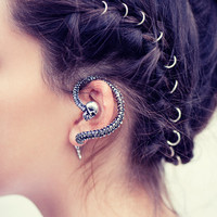Farah. Spine Wrap Earring