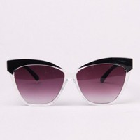 Cesia Cat Eye Sunglasses in Black
