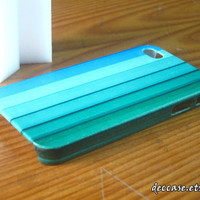 Hard iPhone 4 case - Blue Green Stripes Pattern Bar Shades Vertical