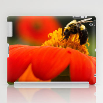 Bumble iPad Case by Legends of Darkness Photography