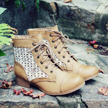 Timberline Lace Boots