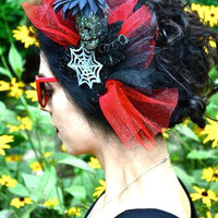 Haunted Lady Fascinator