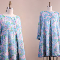 60s dress / 1960s vintage floral hippie babydoll hippie dress // size medium M