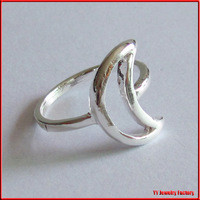 Source Silver Plated Cut-out Moon Ring on m.alibaba.com