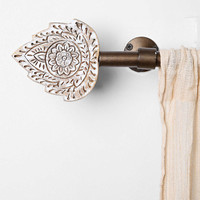 Plum & Bow Woodblock Finial Set - Urban Outfitters
