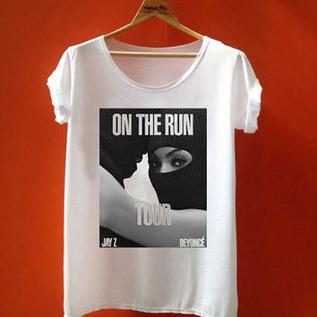 beyonce and jay Z on the run tour best seller customized for T Shirt Mens and T Shirt Girls