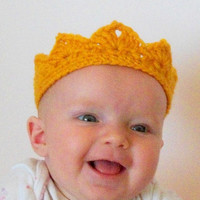 Baby crown, baby boy crowns, crochet crown, baby boy photo prop, gold crown, ready to ship crown