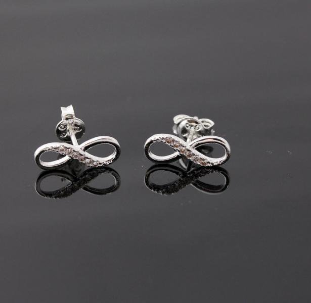 Infinite earrings in silver by bythecoco on Zibbet