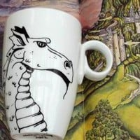 Hand Drawn Dragon Mug on Luulla