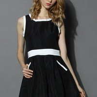Embossed A-line Dress with Bowknot Decor in Black