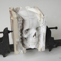 An Incredible Sculpture by Maskull Lasserre