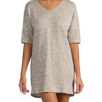 HEATHERED SHORT SLEEVE KNIT DRESS
