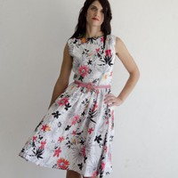 piiqshop - Market Place - Linen Summer Dress with Flowers