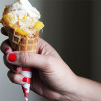 SugarDerby - SugarBlog - Cobbler Cones.... yep, cobbler... in a cone... and it gets better :)