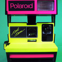 Yadira's Crafty Adventures: Garage Sale Find - The 80's Polaroid