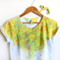 Splash Dyed Hand PAINTED Scoop Neck Pinned Rolled Cuffs Tee and Bow Pin in White Lemon Lime Spectrum - S M L XL 2XL 3XL