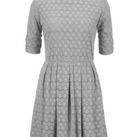3/4 cinched sleeve textured dress