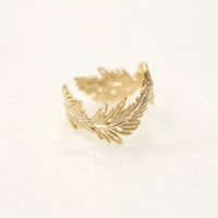 Feather adjustable ring. Leaf ring. Choose your color. Gold or Silver. DoubleBJewelry. DoubleB. Double B.