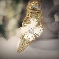 Shoe Clips Flower Ivory / White / Green / Yellow / Orange / Blue / Purple / Red & Beige Pearl / Rhinestone. Bridal Bride Bright Satin Ribbon