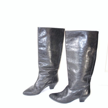 TALL knee high riding boots / vintage black OSTRICH leather pointy toe punk ROCKER boots