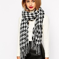 New Look | New Look Houndstooth Check Scarf at ASOS