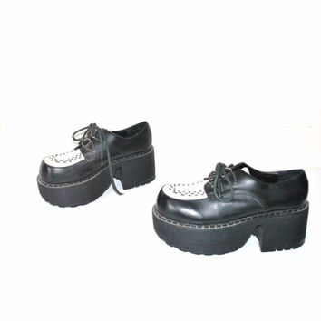 size 8 DEMONIA creepers / chunky PLATFORM 80s stacked toe cyber GOTH creeper oxford platforms