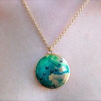 The Birds in Flight Locket by verabel on Etsy