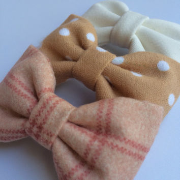 Winter white, flannel dot and pink plaid flannel bow lot for fall.  Seaside Sparrow hair bows make the perfect gift.
