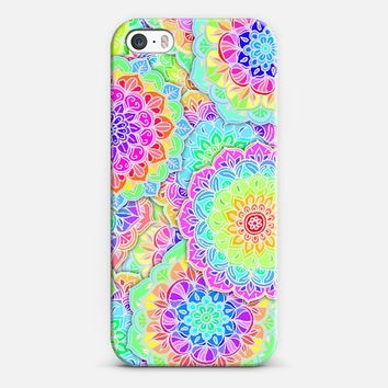 Psychedelic Summer - floral zentangle mandalas iPhone 5s case by Micklyn Le Feuvre | Casetify