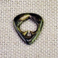 Guitar Pick of Spades in groovy green