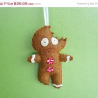 Christmas in July 20% OFF Funny Gingerbread Man Christmas tree decoration ornament