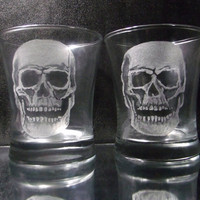 Glass Skull tumbler set of 2, hand engraved