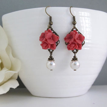 Red flower Earrings. Vintage Style Nature Woodlands Inspired. Swarovski White Pearls Dangle Drop Earrings. Floral Earrings