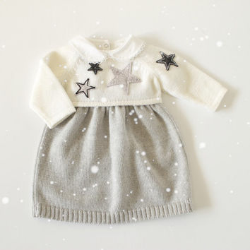 knit baby set. Sweater and skirt. Gray and off white. Merino wool. Felt stars. READY TO SHIP size newborn.