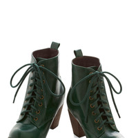 Chelsea Crew Urban Step It Upright Bootie in Emerald