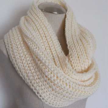 SALE ENDS OCT 1st!! Knit Cowl in ivory, neckwarmer, scarf in yarn. Warm and soft for winter Womens Accessory Winter Fashion