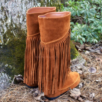 Fringe With Benefits Rust Moccasin Boots