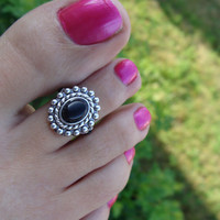 Onyx on Silver Bead Stretch Toe Ring