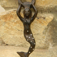Cast Iron Mermaid Bottle Opener, Mermaid Beach Decor, Bottle Opener, Beach Wedding,Luau  Mermaid, Hostess Gift, Party Favor, Bar Accessories