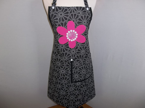 Sunday Dinner Apron   O.O.A.K.