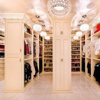 How Do I Look? Insanely Luxurious Closets by Dream Closets Hawaii