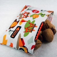 Reusable snack bag - Construction truck orange boy kid party favor crayon pouch food storage pouch - Sac collation - Ready to ship